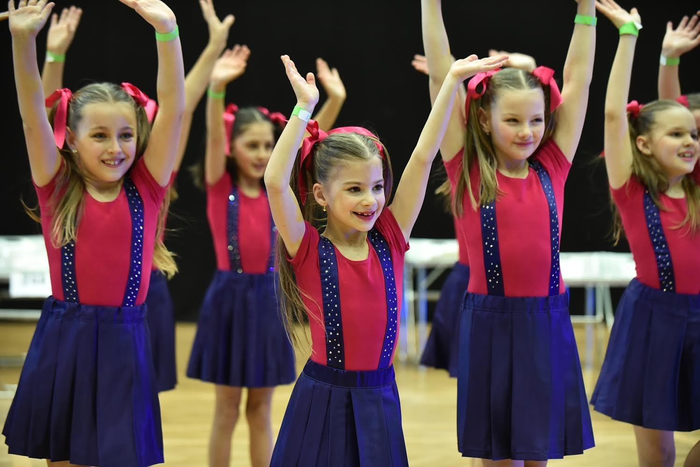 Tancuj online s La Portella